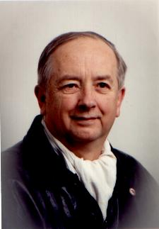 photo of Stephen Bathy